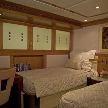 Reef Chief Yacht Twin Stateroom