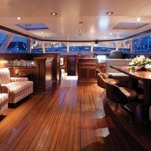 Koo Yacht