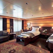 Turama Yacht Twin Stateroom
