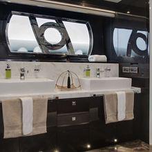 Diamond Seas Yacht