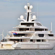 Infinity Yacht