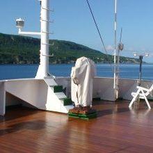Sarsen Yacht Deck