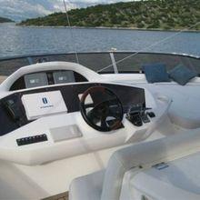 Harrys Game Yacht