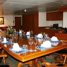 Sarsen Yacht Dining