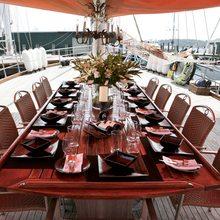 Quasart Yacht