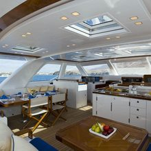Ethereal Yacht Pilothouse Seating