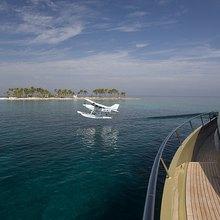 Hokulani Yacht Plane Landing