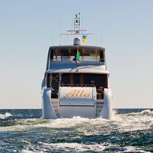 Vela Yacht Stern