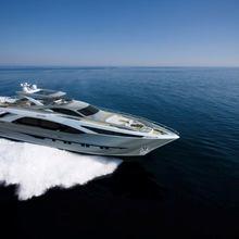 Amer Cento Yacht