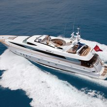 Strega Yacht Running Shot