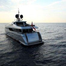Bliss Easy Yacht Stern