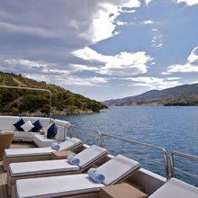 Achilles Yacht Bridge Deck - Loungers