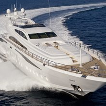 Be On It Yacht Running Shot - Front View