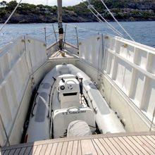 Velacarina Yacht