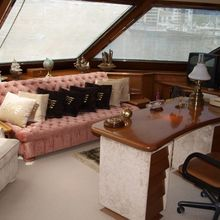 Paradis Yacht Study