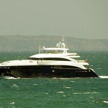 Flying Fish Yacht