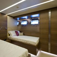 Bliss Easy Yacht Twin Stateroom