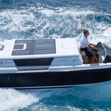 Horizons III Yacht Running Shot - Tender
