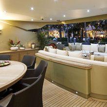 Hokulani Yacht Seating