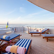Vela Yacht Upper Deck - Jacuzzi