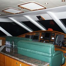 Bright Hour Yacht