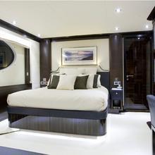 Veneta Yacht VIP cabin