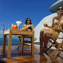 Harle Yacht Beach Club - Seating