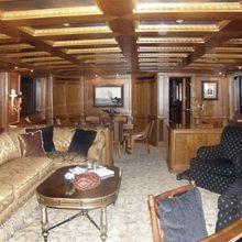 Dozer Yacht