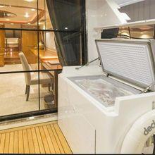 Lady Bull Yacht