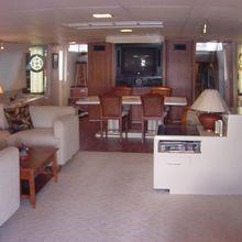 La Isla Yacht