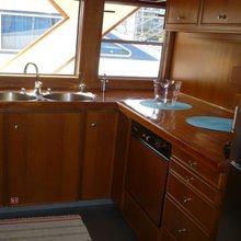 Stalca Yacht
