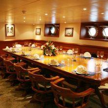 Sarsen Yacht Interior Dining - Table Set