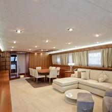 White Queen Yacht