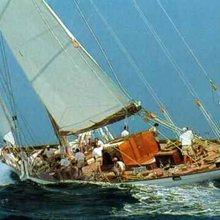 Candida Yacht