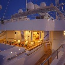 M5 Yacht Sundeck - Night