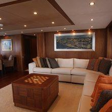 The Devocean Yacht Skylounge