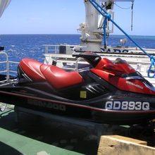 Sarsen Yacht Jet Ski