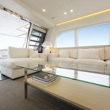 Mr Maverick Yacht