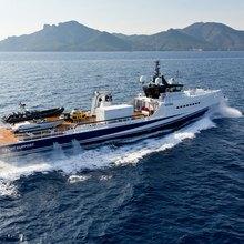 Axis Yacht