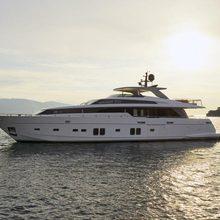 Essence Yacht