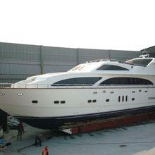 Miss Behaviour Yacht