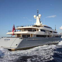 Azteca Yacht