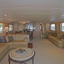 Handy Yacht