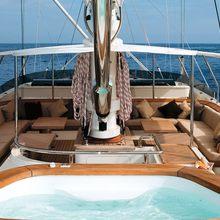 Caoz 14 Yacht Jacuzzi