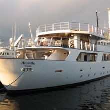 Voyager Yacht Exterior