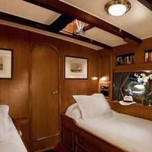 Seljm Yacht