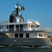Irie Man Yacht