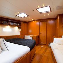 Thirty Nine Yacht