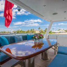 Coy Koi Yacht