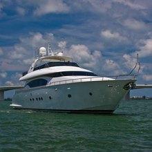 En Less Yacht